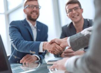 umowa o pracę - co powinna zawierać?