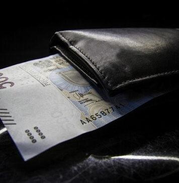 Doradca kredytowy - czy warto skorzystać z jego usług